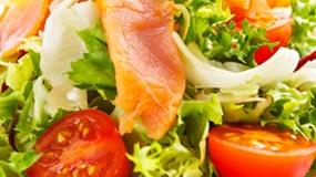 salatka-z-lososiem